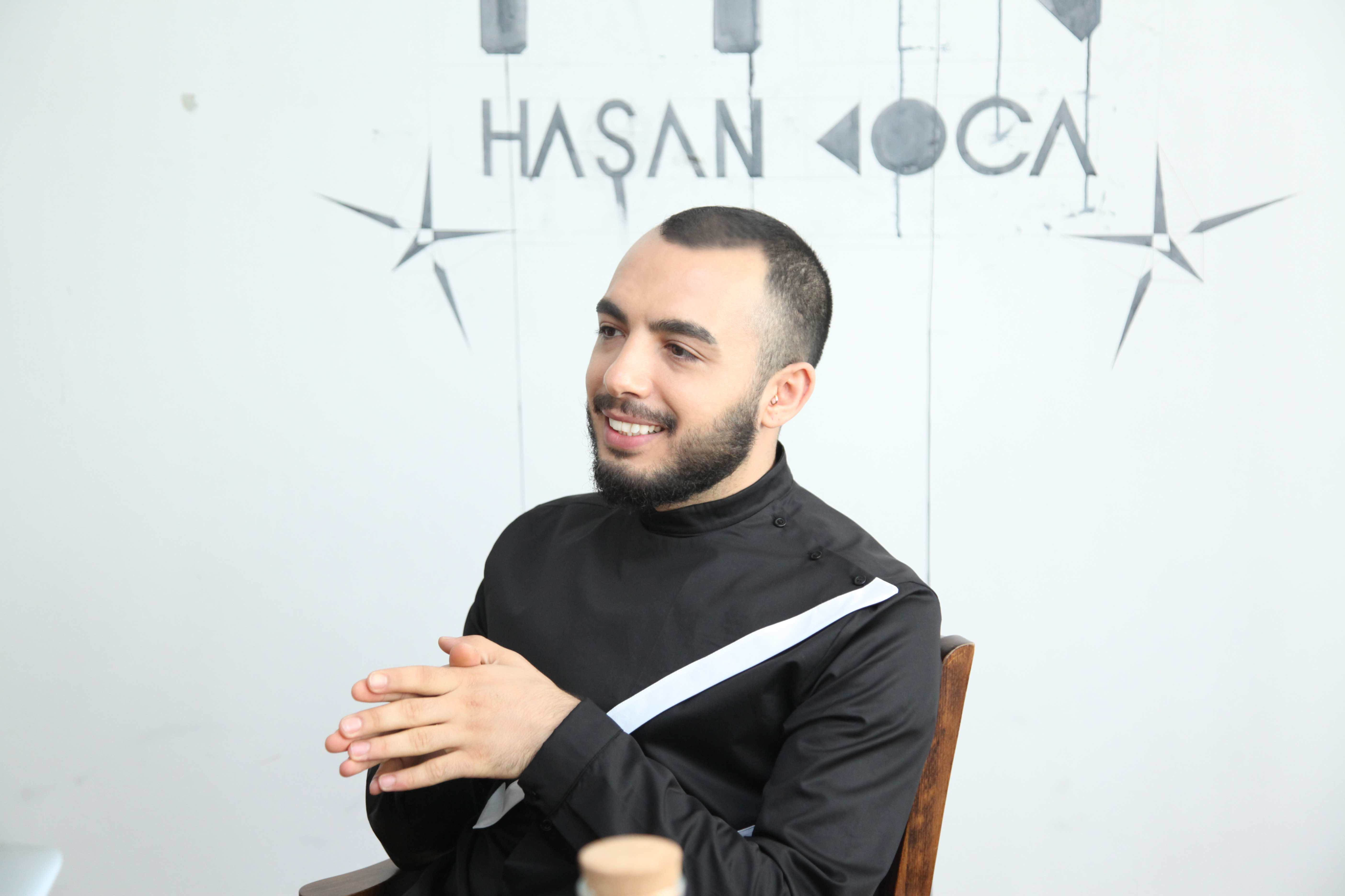 37b51bc2cabb3 Röportaj: Hasan Koca ile Moda Hakkında   Populer Akım