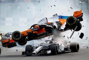 araba yarışı f-1 kaza